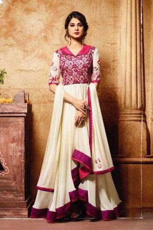 Jennifer Winget OffWhite & Pink Banarasi Silk & Georgette Aari Embroidery Work with 3D Flower Salwar Kameez