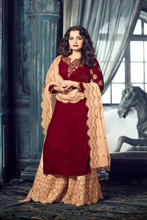 Dia Mirza Red Velvet Heavy Embroidery Zari and Thread Work Salwar Kameez