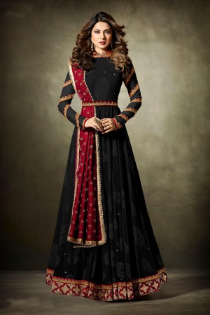 Jennifer Winget Black Lycra Jacquard & Net Crafted Embroidery With Beads Diamonds, Glitters, Sequin and Zari work Salwar Kameez