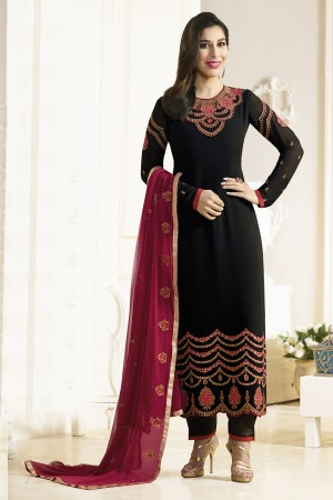 Sophie Choudry Black Georgette Heavy Embroidery on Neck and Sleeve with Lace Border Salwar Kameez