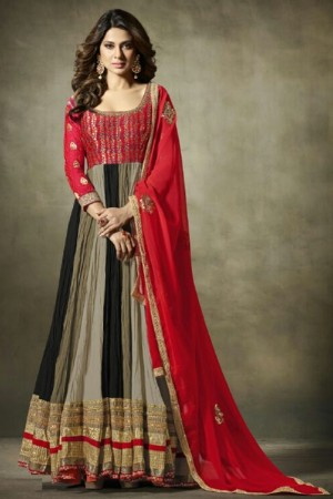 Jennifer Winget Black Georgette&Jacquard Hand Crafted Embroidery with Antique Beads Neckline, Jaipuri Gotta and leather motifs with Glitter Salwar Kameez