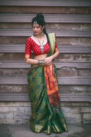 Voguish Green Weaving Patola Silk Saree