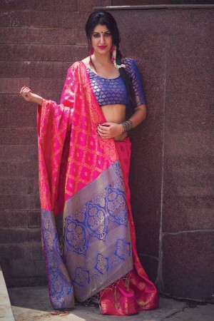 Astounding Rani Pink Weaving Patola Silk Saree