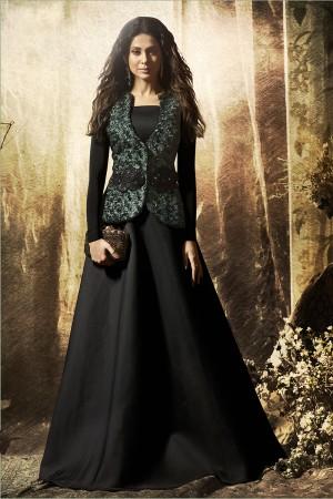 Jennifer Winget Black Korean Lycra&Velvet Embroidered Patch Salwar Kameez