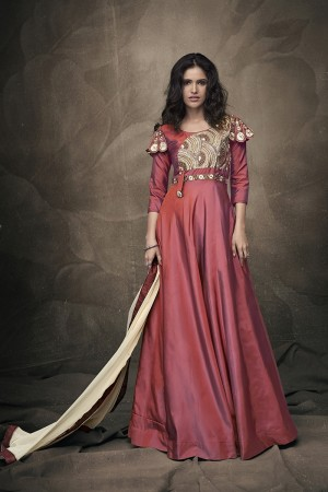 Coral Pink Soft Taffeta Silk Full Stitch Salwar Suit