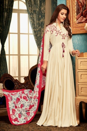 Off White Heavy Maslin Gown with Dupatta