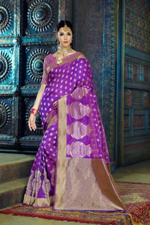 Enthralling Purple Dyed Polyester Weaving Saree