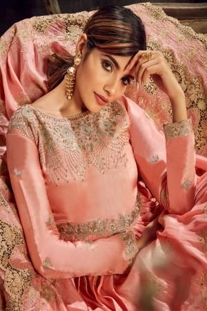 Gajari Upada Silk Salwar Kameez