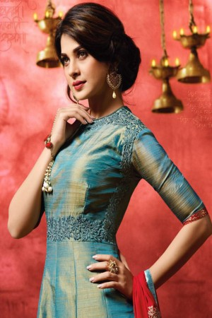Jennifer Winget Teal Blue Banarasi Two Tone Silk Heavy Resham Embroidery with Glitered Motif Salwar Kameez