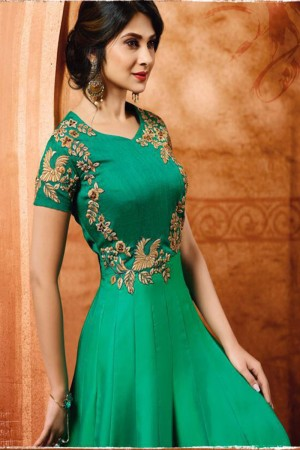 Jennifer Winget Green Satin Silk Heavy Embroidery Cotton Thread Work Salwar Kameez