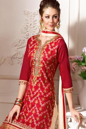 Delightful Red Pure Chanderi Heavy Embroidery on Neck with Lace Border and Butti Work on Bottom Dress Material