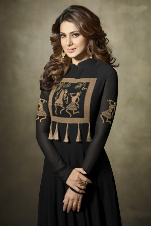 Jennifer Winget Black Georgette&Velvet Heavy Embroidery Zari & Micro Glitter Sequin Work with Unique Tussels, Embose Gold Rose Cut Velvet Border Salwar Kameez