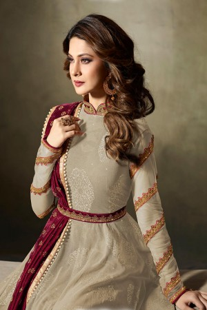 Jennifer Winget Mehendi Lycra Jacquard & Net Crafted Embroidery With Beads Diamonds, Glitters, Sequin and Zari work Salwar Kameez