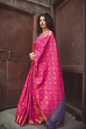 Fabulous Rani Pink Weaving Patola Silk Saree