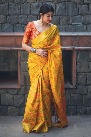 Ethnic Yellow Weaving Patola Silk Saree