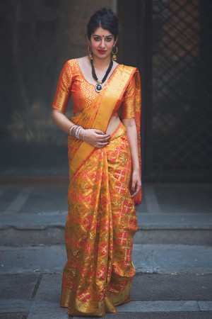 Divine Amber Weaving Patola Silk Saree