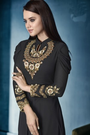 Dazzling Black Lichi Georgette Heavy Embridery Zari and Thread Work Salwar Kameez