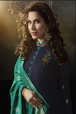 Sophie Choudry Blue Georgette Heavy Embridery Zari Work on Neck & Sleeve with Lace Border Salwar Kameez