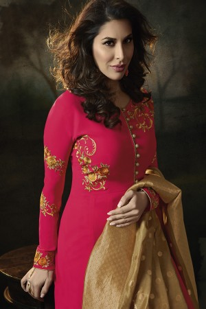 Sophie Choudry Dark Pink Georgette Heavy Embridery Zari Work on Neck & Sleeve with Lace Border Salwar Kameez
