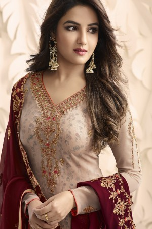 Jasmin Bhasin Peach Georgette Heavy Embroidery on Neck and Sleeve with Embroidery Dupatta  Salwar Kameez