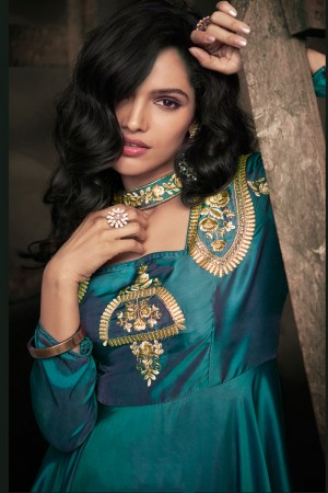 Turquice Green Soft Taffeta Silk Full Stitch Salwar Suit