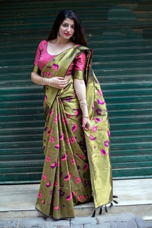 Mehendi Kanjivaram Silk Saree with Blouse