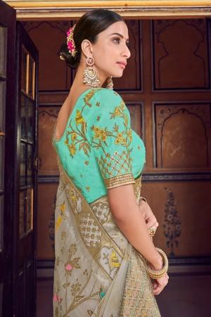 Ivory Banarasi Silk Saree with Blouse