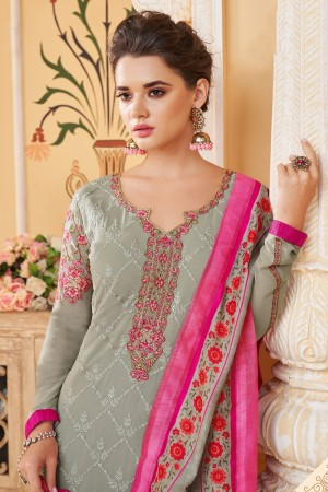 Light Grey Faux Georgette Salwar Kameez
